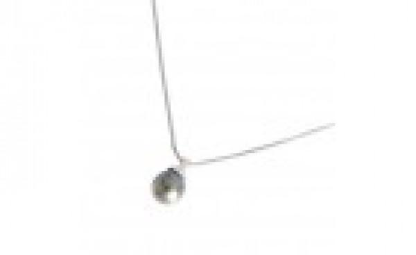 Collier en or blanc et  perle noire de Tahiti